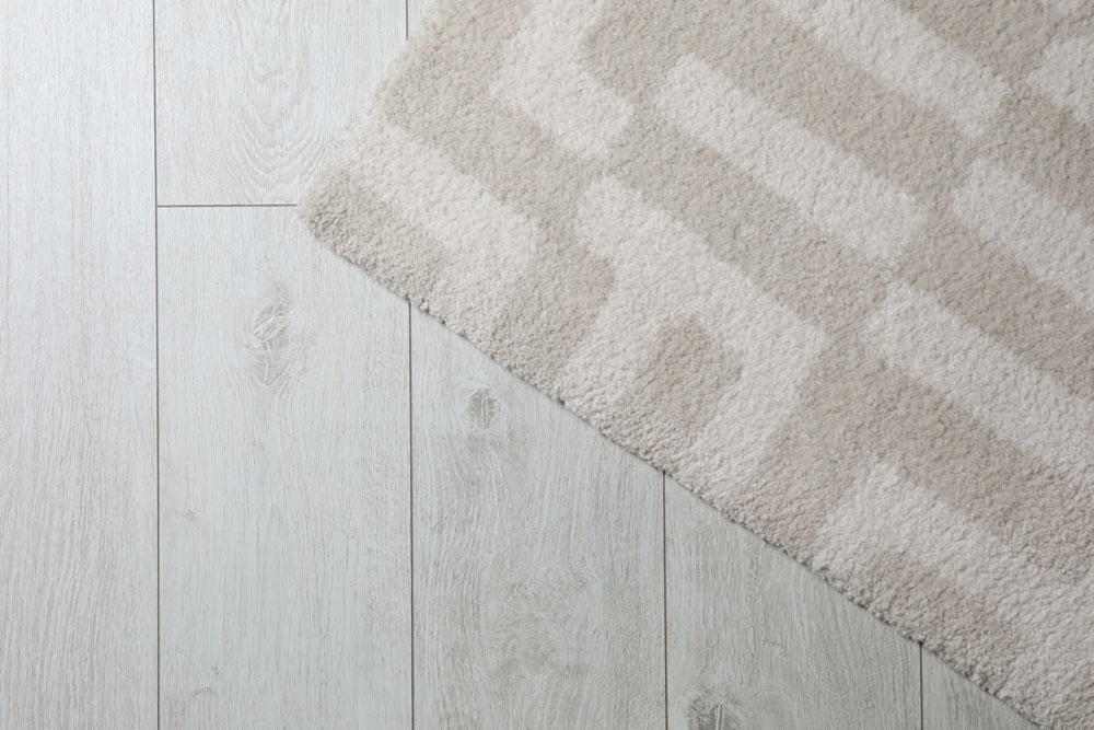 Laminate flooring can use for bathroom flooring but both with pros and cons